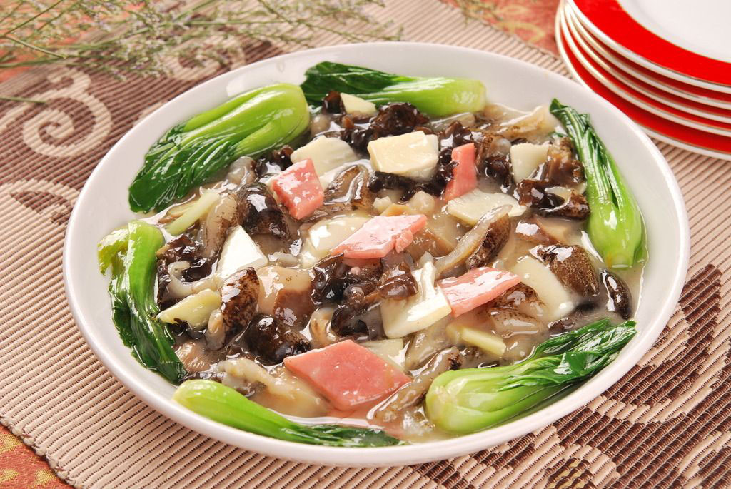 海参菜谱三鲜海参羹的家常做法